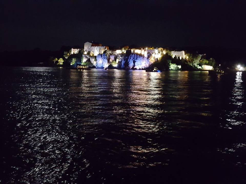 Île St Marguerite at night