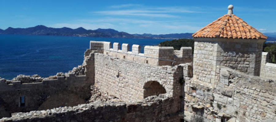 View the Esterel from the monastery