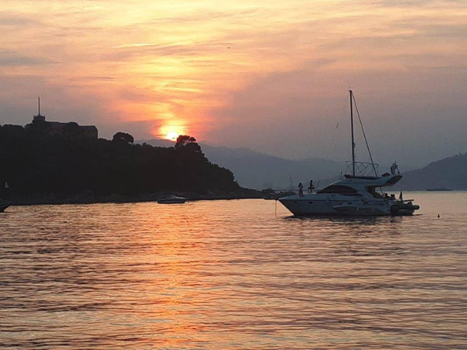 Sun setting over Îles de Lerin & the Esterel